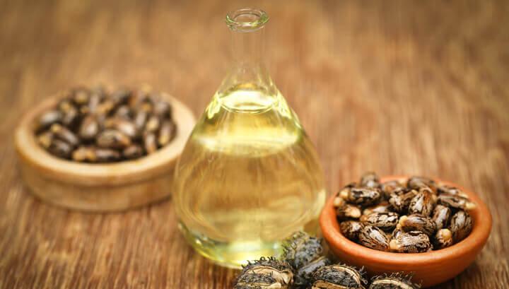 Castor Oil for Hair Loss: Can it Turn Thinning Hair Healthy Again